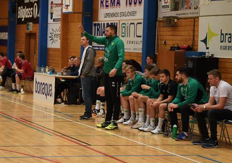 STORSPILLER: Trener Kristian Bliznac lar seg imponere over hva Fjellhammer har fått til i årets sesong.