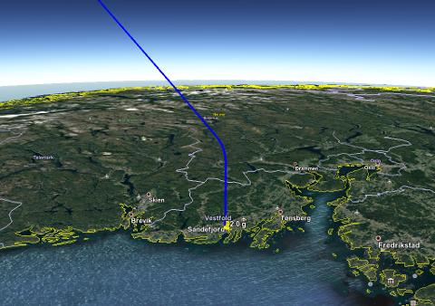 FERDEN: Restene fra ildkula endte trolig opp i Sandefjord. (Foto/video: Norsk meteornettverk)