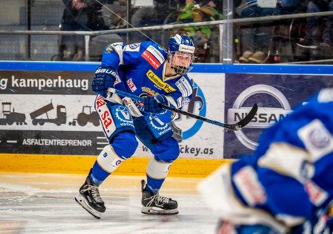 ASSISTMAN: Emil Martinsen Lilleberg leverte tre assist i Norges første seier i U20-VM.