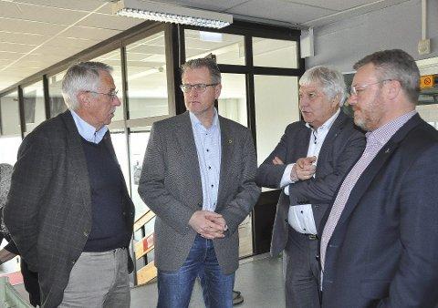KAMP: Petter Schou, Erik Unaas og Olav Breivik vil fortsatt kjempe om å bli Høyres ordførerkandidat. Thor Hals (til høyre) har sagt at han ikke lenger er aktuell. Arkivfoto