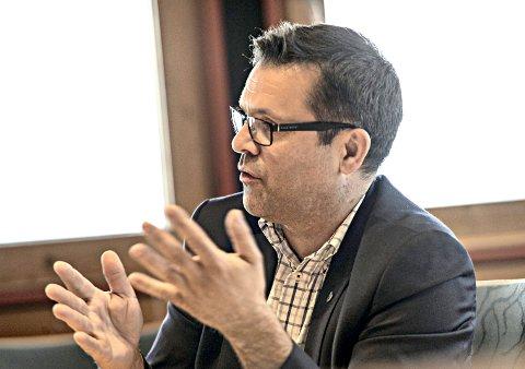 VIL HA FAKTA PÅ BORDET: Frank Sve (Frp) vil ha fakta på bordet når man skal diskutere regionsaken