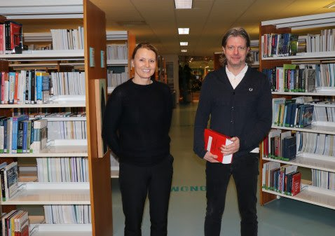 Dekan Kari Bachmann og studieleder Odd Anders Bøyum-Folkeseth ser fram til å kunne ta imot nye studenter til bachelor i rettsvitenskap høsten 2021.