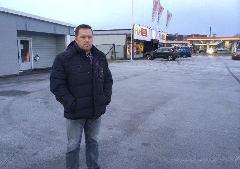 TREKKER PLANENE: Knut Martin Hegg og selskapet Marella trekker planene for eiendommen på Kilen. – Nok får være nok, når vi møter så mye motstand, sier han.