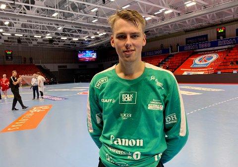 TRAVELT: Nøtterøy-keeper Eirik Varpe hadde mye å gjøre mot Kolstad i cupen.