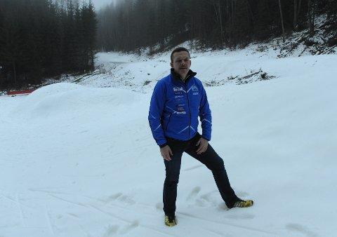 FULL KONTROLL: – Her blir det skirenn både lørdag og søndag, så får vi håpe vi unngår for mye regn, sier rennleder Olav Grindalen i Hakadal IL.