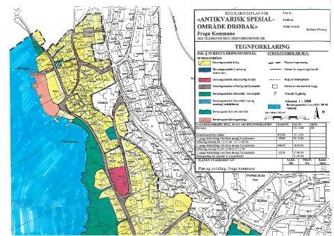 Kart 2 av 3: Den lokale forbudssonen tilsvarer planområdet for reguleringsplanen «Antikvarisk spesialområdet for Drøbak». Området er merket innenfor tjukk sort stiplet linje i kartene.