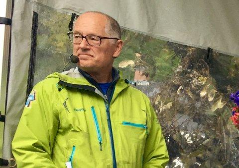–Vi må utsette auksjonen til i morgen, sier Jan Einar Henriksen i Risør Festuke.