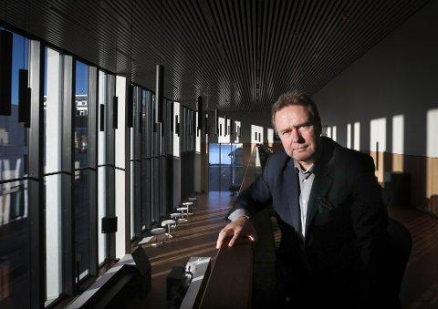 Tidligere direktør i Stormen Konserthus KF, Rolf-Cato Raade, får fortsette i sin stilling. Foto: Tom Melby