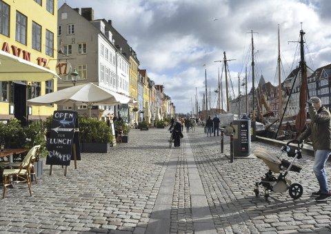 Det går godt an å dra til København i mars også, selv om det kan være kaldt. Med lue og solbriller er det bare å prøve finne seg en flekk der solen kan varme litt.