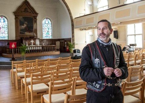 Pastor i Centralkirken, Dag Martin Østevold, er negativ til at homofile                      kan ha verv i kirken og mener at konversjonsterapi bør være et selvsagt tilbud i et demokratisk samfunn .Arkivfoto: EIRIK HAGESÆTER