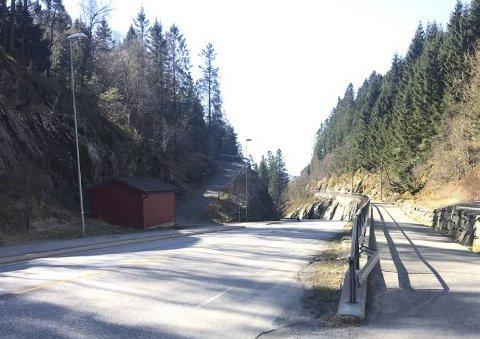 En 20-åring mistet lappen etter å ha kjørt i 87 km/t i Nye Sædalsveien.