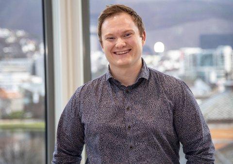 På topplisten i inntektstoppen for bergensere født etter 1990, finner vi en rekke arvinger. Øystein Fanebust (30) har tjent gode penger på selskapet Mint Media.