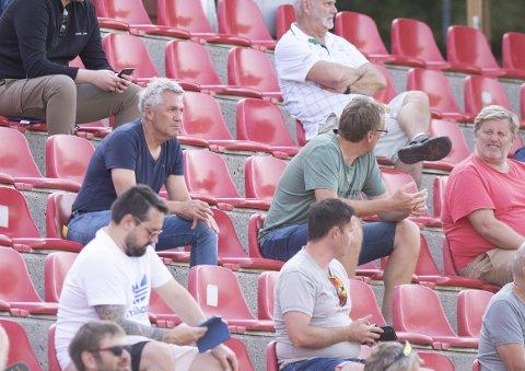 Kåre Ingebrigtsen hadde tatt turen til Myrdal for å se Åsane spille mot Sandnes Ulf. Brann-treneren likte det han fikk se.