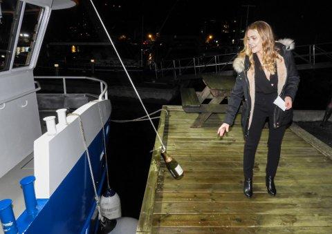 Svanøy Havbruk har fått ny arbeidsbåt, Oddenakken.