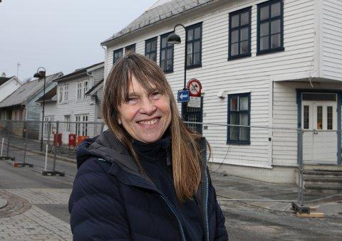 LETTA: Nyheita om at Olsenhuset kan reparerast, var svært godt nytt for Yvette Kristin Hammer.