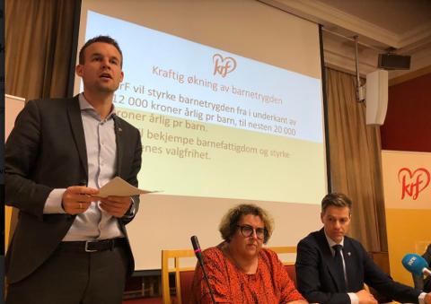 Nestleder Kjell Ingolf Ropstad presenterte KrFs forslag til ny barnetrygd. (Foto: Heidi Schei Lilleås)