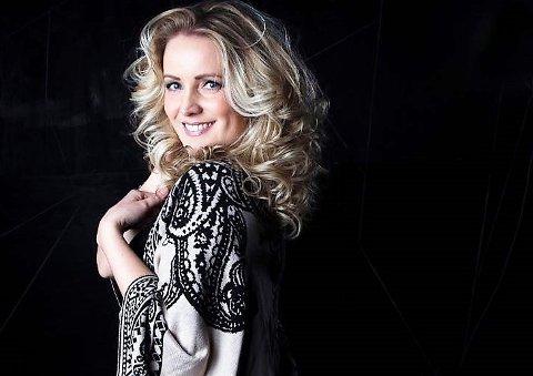 Fra klokken 19.00 i kveld kan du se konsert med Fredrikstad-artist Maria Mohn her.