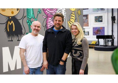 """Kjetil Indregard (t.v) fra Narvik er med på å skrive manus til den nye Nettflix-serien """"Blodspor"""". Han har utviklet serien sammen med Atle Knutsen. Her sammen med Ida Håndlykken Kverntrøm i Monster."""