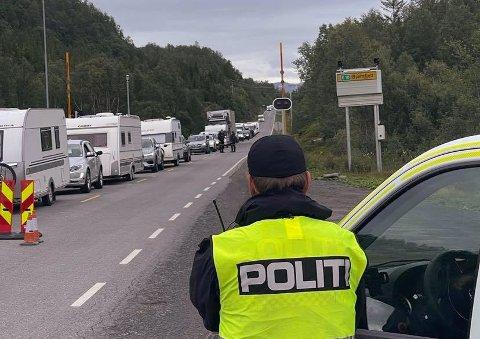 Politiet venter stor trafikk de neste dagene.