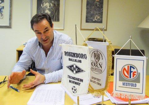 KLAR TENDENS: Styreleder Torleiv Sandvik opplever at flere og flere private aktører ønsker å tjene penger på fotball.