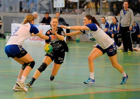 Malene Staal i aksjon for HK Halden mot Nordstrand i Bjørnholthallen onsdag kveld.