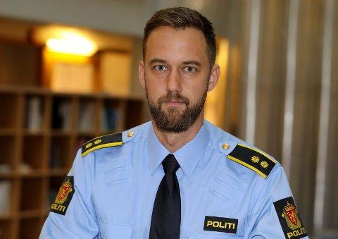 BER OM TIPS: Avsnittsleder Helge Varne for vold og sedelighet på Haugesund politistasjon.