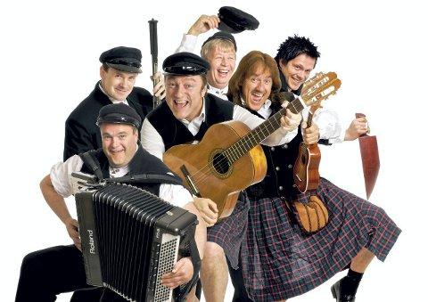 AUSEKARANE: Klar for show og humor i Saloonen lørdag.
