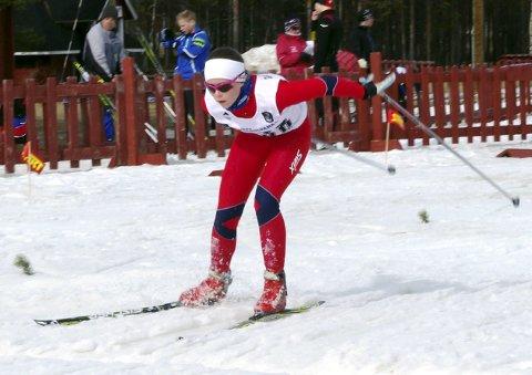 MOT TOPP 20: Denne helga var Hannah Harila Kristiansen blant de 30 beste i Norgescupen for juniorer. I neste renn håper hun på å havne på topp 20-lista.