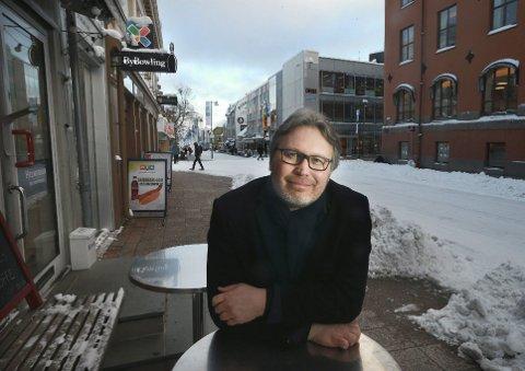 HAR SNUDD: Politisk redaktør Skjalg Fjellheim i Nordlys. Bildet er tatt ved en tidligere anledning.