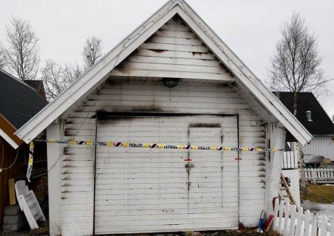 BRANN: Det vare brann i denne garasjen i Gakori Alta.