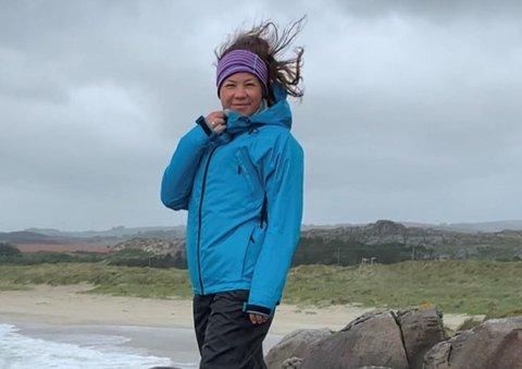 ORD: Annika Lorraine Tjensvoll mener vindturbinen er ødeleggende, og skal derfor demonstrere.