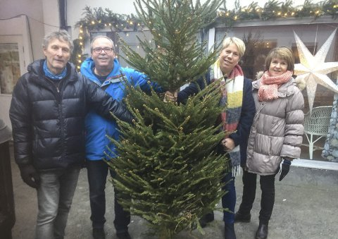 AKSJONSKLARE: Sigurd Gausdal (t.v.), Torgeir Heen, Kari Sveberg og Solfrid Slettebakken.FOTO: PRIVAT
