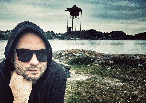 William Hut er aktuell med ny musikk, og fredag kan du høyra han på Snikkeriet. (Pressefoto).