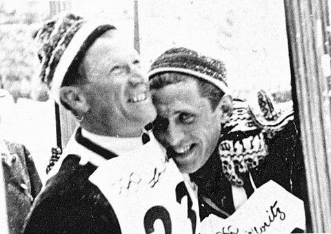 ST. MORITZ: I 1948 besatte Norge de tre første plassene i spesielt hopprenn. Birger Ruud, til venstre, tok sølv og Petter Hugsted gull. Da de kom hjem til Kongsberg ble de feiret som helter.