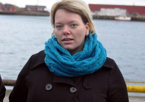 Kritisk: Elisabeth Holand leder aksjonsgruppa for Lofoten sykehus og føler den ene kampen etter den andre kommer for sykehuset. Hun frykter det i verste fall blir flere reduksjoner i tilbudet framover. En helhetlig diskusjon om hva sykehustilbudet i Lofoten skal være er nå nødvendig, mener hun.Foto: Arkiv