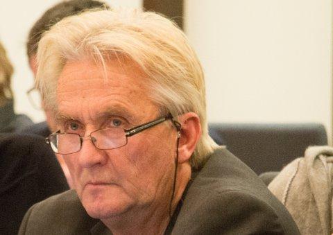 ROET  NED: Johan Ekeland fikk roet gemyttene da prinsipper ble satt i spill i spørsmålet om å justere inversteringsbudsjettet uten å endre sluttsummene.