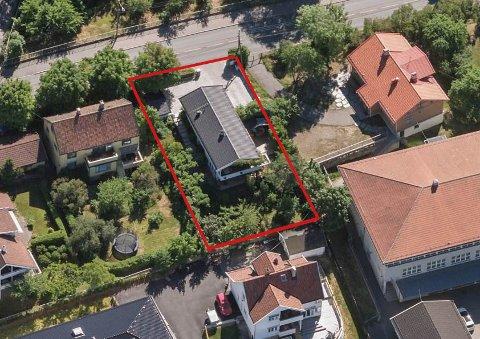 NY BOLIG: Denne boligen på Bekkelaget, vegg i vegg med Bekkelaget skole har nå Bien Eiendom ved Brattlikollen kjøpt.
