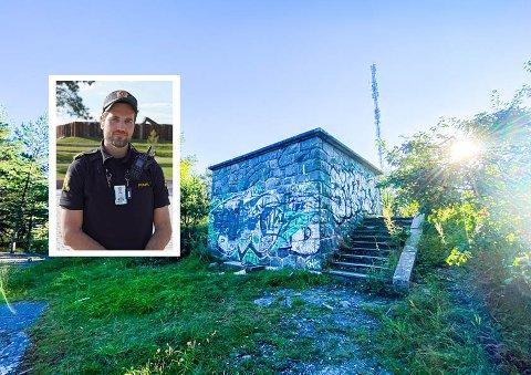 """BEKYMRET: Jonas Håreksson Andreassen i forebyggende avdeling ved Manglerud politistasjon er bekymret for utviklingen ved """"borgen"""" på Brannfjell."""