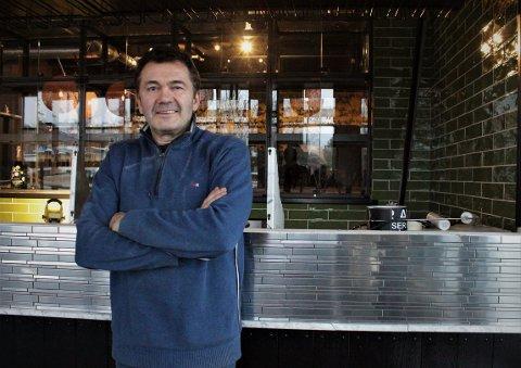 BAKER: Endelig kan Tomm Munthe åpne dørene til nye Piece of Cake på Munkelia.
