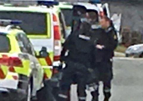VÆPNET AKSJON: Politiet valgte å bevæpne seg da de tirsdag kveld gikk til pågripelse av to personer i Tromsø tirsdag.