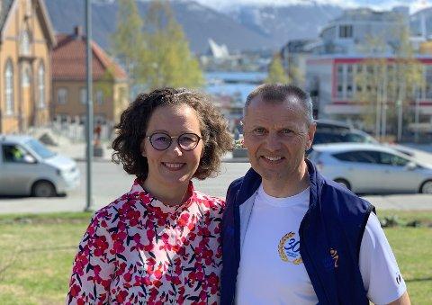 STORE PLANER: Kristin Røymo og Nils I. Hætta ser frem til jubileumsfest i juni.