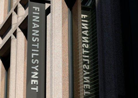 GROVE BRUDD: Finanstilsynet har kommet til at forholdene som er avdekket er så grove at den statsautoriserte revisoren fra Vestoppland må fratas retten til å utøve yrket.