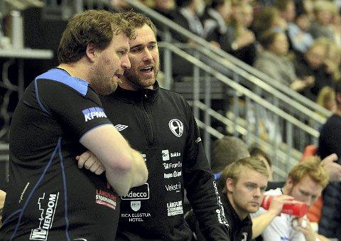 LIGAENS BESTE TRENERE: Raymond Hamar (t.v.) og Michael Apelgren er for andre gang  kåret til Årets trenere. (Foto: Anita Høiby Gotehus)