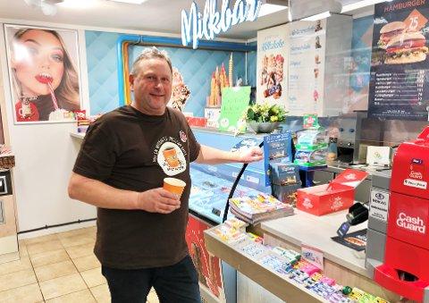 Bjørn-Tore Larsen (55) har valgt å bruke deler av årets omsetning til å pusse opp, etter et godt kioskår på Skjerve.