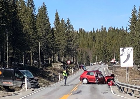 ULYKKESSTEDET: Bilde fra ulykkesstedet 18. april. Foto: Jørn Haakenstad