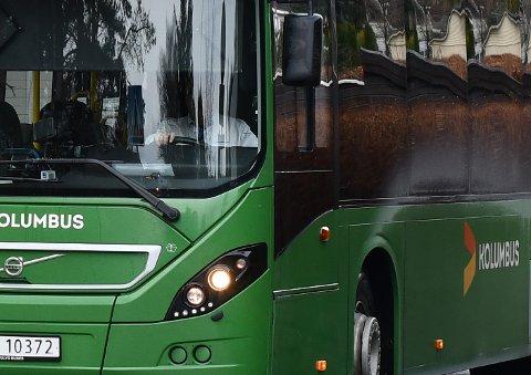 En kvinnelig bussjåfør i 50-årene skal ha kjørt med promille. Arkivfoto.