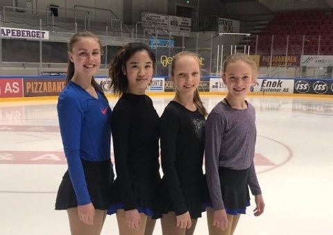 FORNØYDE JENTER: Fra venstre: Mia Alexandra Schrøder Røstad, Lily Truong , Emma Linnea Eriksen og Celine Michalsen.