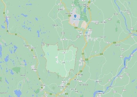 Gjerdrum (lysegrønt felt) ligger i Akershus, nær Skedsmokorset og  E6 mellom Oslo og Gardermoen. Kart: Google Maps