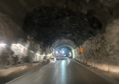 STORT PROSJEKT: Det tek på når så store tunnelprosjekt skal gjennomførast. Det har folk på begge sider av Seimsdalstunnelen fått erfara i vinter - til liks med entrepenøren og prosjektleiinga.