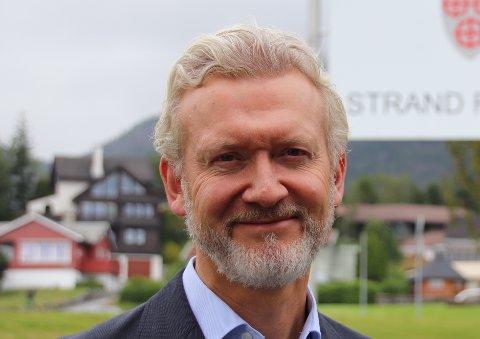KORT FRIST: Kommunedirektør i Strand, Ketil Reed Aasgaard, forteller at søknadsfristen for denne runden med kompensasjonsordning er allerede neste torsdag.